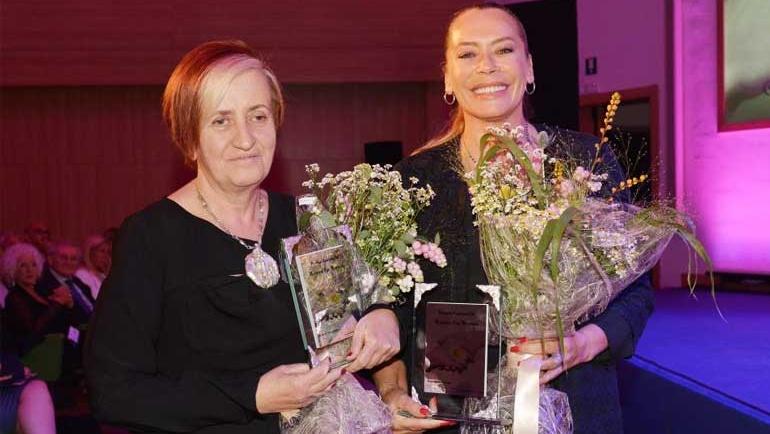 Maria Grazia Passeri e Barbara De Rossi, vincono il premio Camomilla